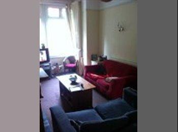 EasyRoommate UK - Single Room in Ashton (inc bills). - Preston, Preston - £220