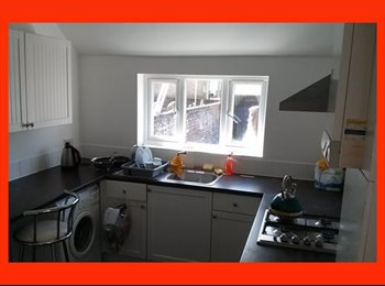 Lovely Double Rooms near Albert Road, Southsea