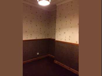 Lovely room to rent 10mins from town - bills inc