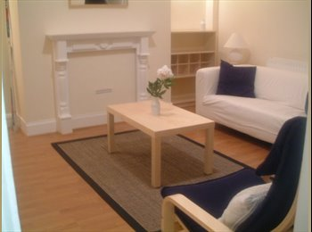 Lovely Double room in relaxed houseshare