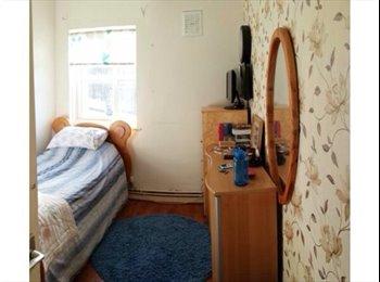 Single bedroom 5 min from euston, kings cross, UCL