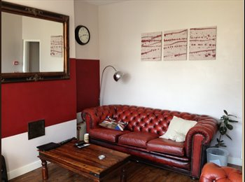 Lovely Room in Great Shared house!