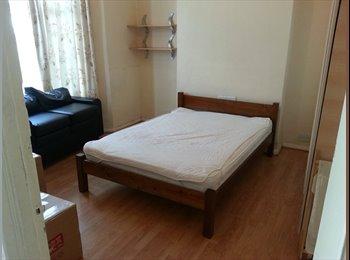 EasyRoommate UK - 2x Large double room, 20mins Kings X, Liverpool St - Tottenham, London - £480