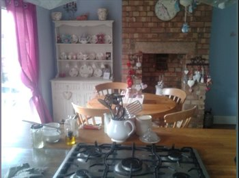 EasyRoommate UK - Spacious furnished double bedroom for rent - Claines, Worcester - £400