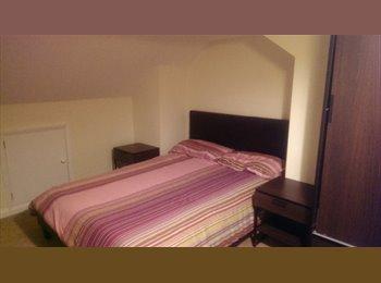 EasyRoommate UK - Large Double Furnished Ensuite Room - Harrow, London - £550