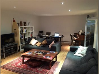 EasyRoommate UK - 7 dials - Stunning Flat share Montpelier Crescent - Brighton, Brighton and Hove - £650
