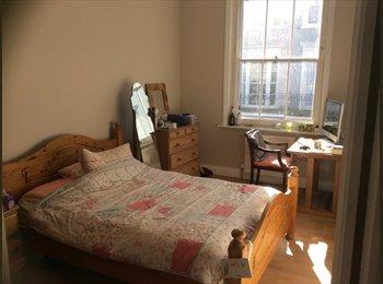 EasyRoommate UK - Large Double Bedroom in Beautiful New Apartments!! - St. Leonards-on-Sea, Hastings - £400