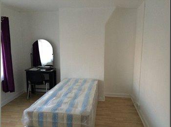Single Room Ealing £800PCM