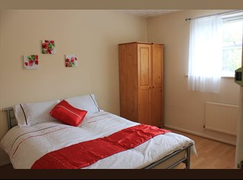 EasyRoommate UK - NEW JOB? NEW START? DOUBLE ROOM IN EDGBASTON - Edgbaston, Birmingham - £430