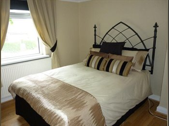 EasyRoommate UK - Lux double room, St Helens professional houseshare - St Helens, St. Helens - £375