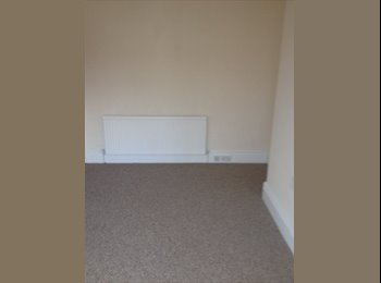 EasyRoommate UK - Cheap massive room £295 p/m just off Eccy Road - Ecclesall Road, Sheffield - £295