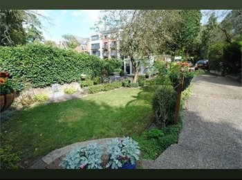 EasyRoommate UK - Awesome double room, great garden+transport links - Woodside Park, London - £725