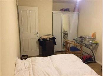 EasyRoommate UK - Room Share in Cosy House near Broadway Market - London, London - £340