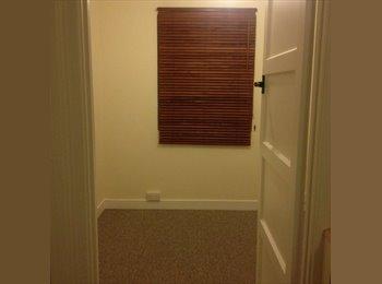 EasyRoommate UK - Single room, all bills included! - Harnham, Salisbury - £350