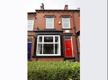 EasyRoommate UK - House Share Headingley - Headingley, Leeds - £325