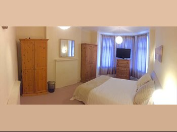 Dollis Hill, Cosy Double Room in House Share