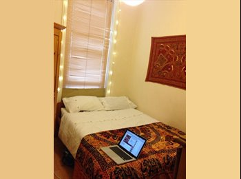 Lovely double room available NOW in Kentish Town