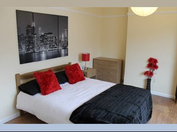 EasyRoommate UK - Luxury rooms in quiet professional house, NN3 - Weston Favell, Northampton - £300