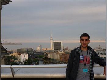 Carlos - 18 - Student