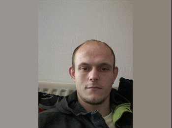 EasyRoommate UK - johnathan - 31 - Lichfield