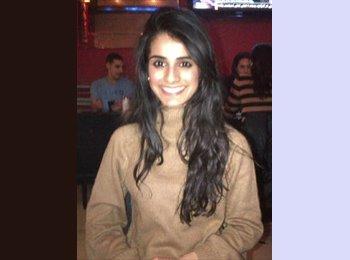 Alaisha - 26 - Professional