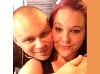 EasyRoommate UK - Ryan and Chelsee - 23 - Doncaster
