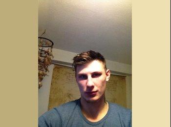 EasyRoommate UK - James - 23 - Aylesbury