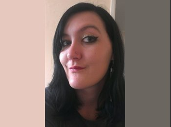 EasyRoommate UK - Jennifer  - 21 - Bath and NE Somerset