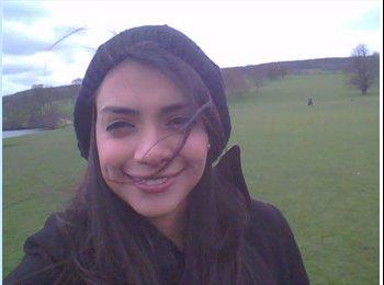 EasyRoommate UK - Samantha - 24 - Sheffield