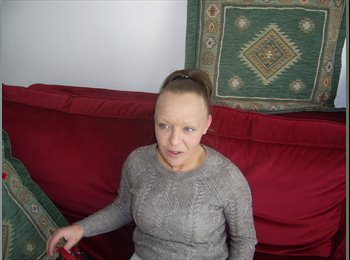 EasyRoommate UK - Cheryl  - 37 - Southend-on-Sea