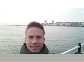 EasyRoommate UK - Vicente - 22 - Brighton and Hove