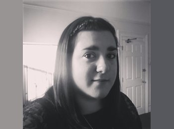 EasyRoommate UK - Laura  - 26 - Plymouth