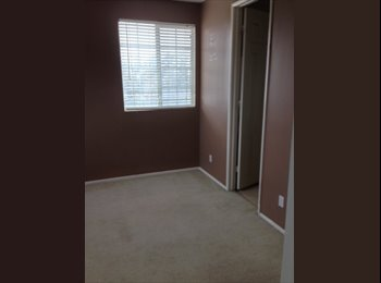 EasyRoommate US - Riverside, large room in estate home - Riverside, Southeast California - $500