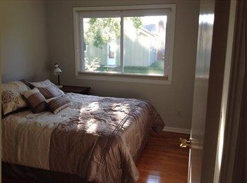 South Kansas City Room For Rent