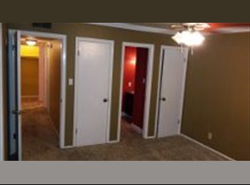 EasyRoommate US - $750 HUGE GORGEOUS 3 BEDROOM 2.5 BATHROOM CONDO - Macon, Macon - $750