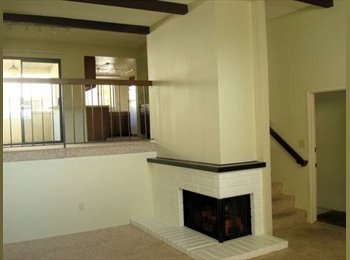 Private over sized master bd/bath in 2/2.5