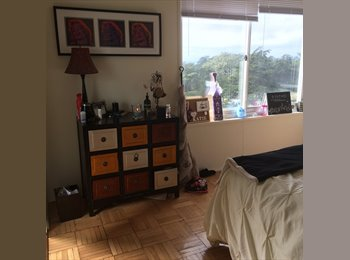 EasyRoommate US - half of a master for sublet - Ingleside, San Francisco - $700