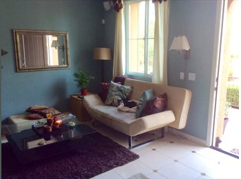 EasyRoommate US - private room in a beautiful model townhouse - Aliso Viejo, Orange County - $900