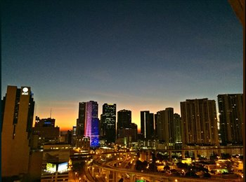 Downtown Miami room for rent! amazing skyline view
