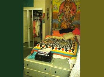 EasyRoommate US - Furnished Room w/ Private Bath 580 - Boulder, Denver - $580