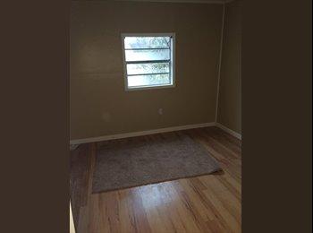 EasyRoommate US - Room for rent, older jonesboro home - Jonesboro, Other-Arkansas - $350