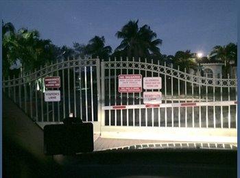 EasyRoommate US - room for rent - Pembroke Pines, Ft Lauderdale Area - $800