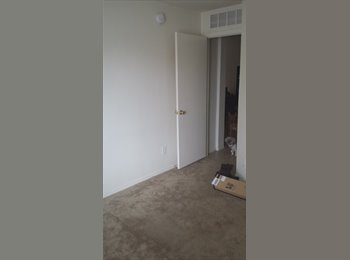 EasyRoommate US - 1 room 1 bath - Tucson, Tucson - $325