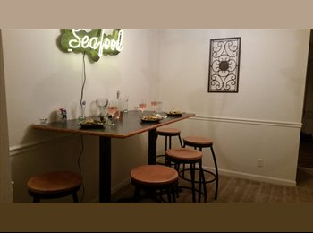 $450 room for rent internet and utilities included