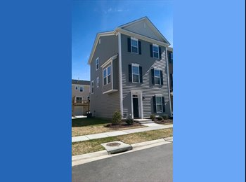 EasyRoommate US - New condo centrally located in Virginia Beach - Kempsville, Virginia Beach - $1650