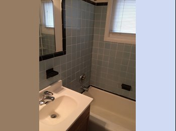 2 rooms for rent with private bath in Green Brook