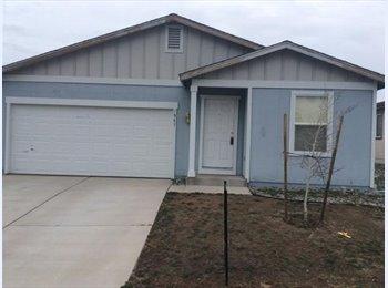 EasyRoommate US - 2 bedrooms available - Reno, Reno - $600