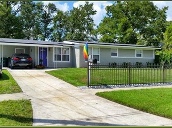 EasyRoommate US - Room for rent in stunning awesome home - Southwest Jacksonville, Jacksonville - $600
