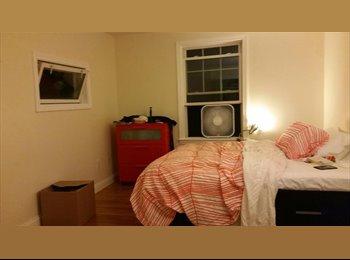 Bedroom avaliable immediately near Davis (Female)
