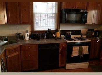 EasyRoommate US - 3 bedrooms available - Northeastern Student - Boston, Boston - $950